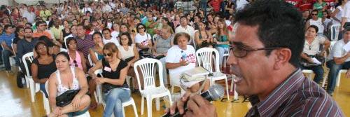 Urgente! Ato de protesto(04/12) e assembléia geral(05/12)