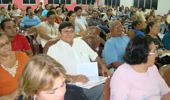 Seminário sobre a CONAE e as implicações na valorização do profissionais da educação reuniu representantes de todas as regiões do Ceará no Sindicato APEOC