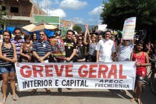APEOC participa da nomeação dos professores da 1ª CREDE em Maracanaú