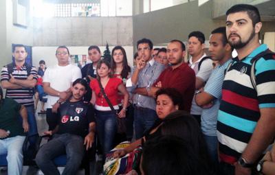 Nesta quarta, Sindicato APEOC e Professores voltaram a cobrar nomeação e posse de concursados