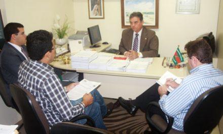 Empréstimos consignados: Ministério Público garante ao Sindicato APEOC acesso a toda documentação