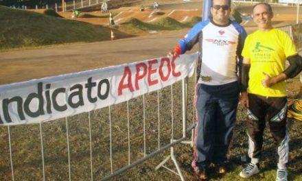 Sindicato APEOC no Campeonato Brasileiro de BMX 2012 com dois professores atletas