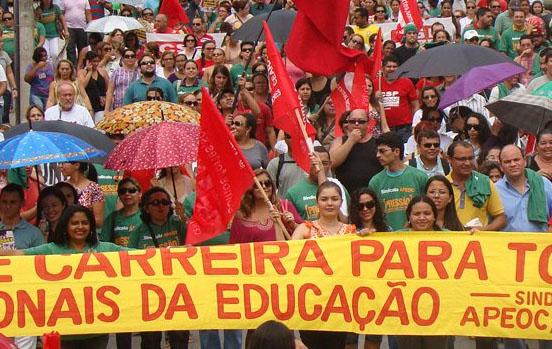 Assinado ato de nomeação dos professores da prefeitura de Fortaleza