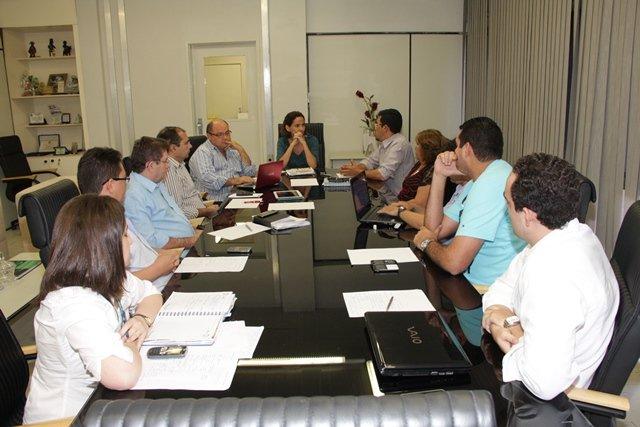 Reunião SEDUC e Sindicato APEOC