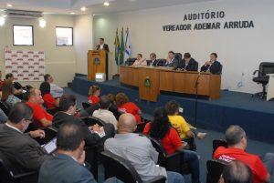 Câmara de Vereadores de Fortaleza acolhe debate APEOC sobre Nacionalização do Magistério