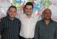 Sindicato APEOC de Chorozinho distribui DVDs com a íntegra do Primeiro Ciclo de Entrevista com os Candidatos a Prefeito do Município de Chorozinho