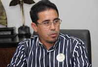Presidente do Sindicato APEOC recebe Título de Cidadão de Morada Nova