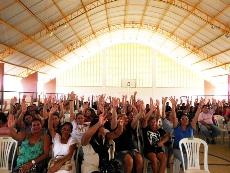 Chorozinho: APEOC pressiona e Prefeitura paga Dezembro