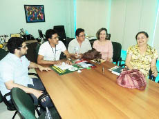Professoras lotadas no Conselho de Educação tiram suas dúvidas na APEOC