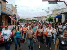 Tauá: Educação vai às ruas, e com Prefeita
