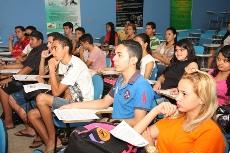 """""""Entrar na Universidade para mudar a Sociedade – 2013""""- Aulão show na EEFM Parque Presidente Vargas."""
