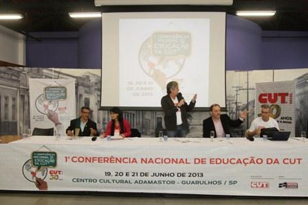Por uma educação pública com qualidade social