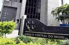 Sindicato APEOC denuncia instituições financeiras ao Banco Central do Brasil por conduta abusiva