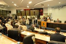 Câmara de Fortaleza homenageia Diretor da APEOC