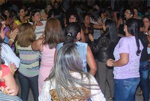 Professores e Servidores lotam Lions Clube na X Festa da APEOC