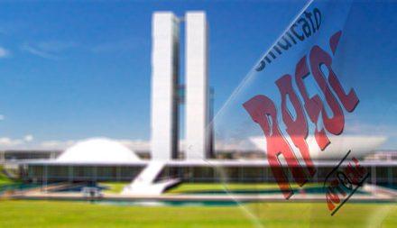 APEOC e CNTE participam da ocupação do Congresso Nacional