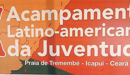 Acampamento Latino-Americano da Juventude: APEOC debate Educação de Qualidade