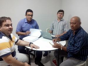 Pacajús: APEOC reúne-se com novo Secretário de Educação