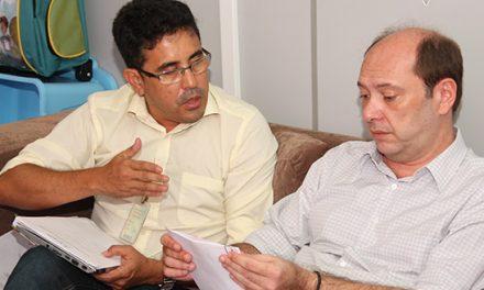 Audiência do Sindicato APEOC com o Secretário de Educação de Fortaleza, Ivo Gomes