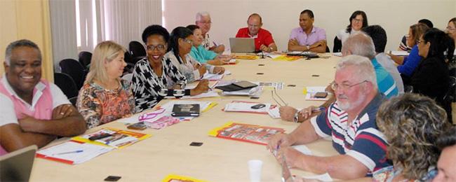 APEOC em Brasília: Preparativos para Greve Nacional (17 a 19/03)