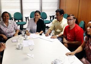 APEOC garante publicação Estabilidade, data de homologação concurso e Audiência com governador