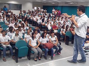 Beberibe: APEOC visita EEEP Pedro de Queiroz Lima