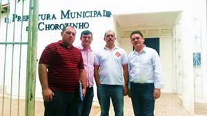 Em Chorozinho, APEOC e prefeitura abrem mesa de negociação