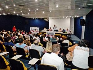 """""""Ciclo APEOC de Debates"""" Região Norte pela Frente Ampla de Valorização dos Profissionais da Educação"""