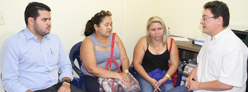 Sindicato APEOC recebe professoras de Palmácia