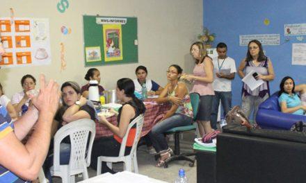 Escola Maria Menezes de Serpa recebe visita do Sindicato APEOC