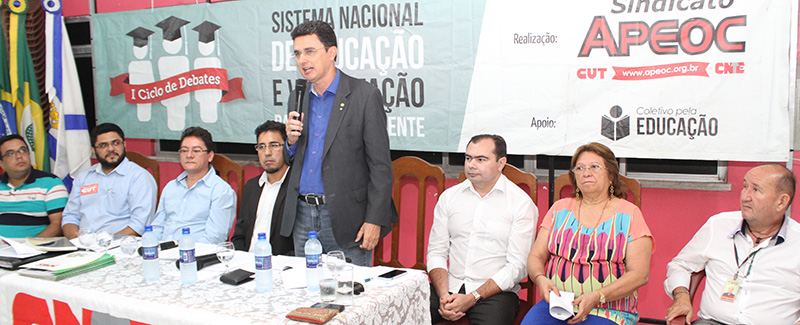 """APEOC promove """"Café com Educação"""" para viabilizar financiamentos para Valorização dos Profissionais da Educação"""