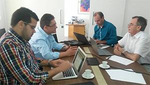 Pereiro: APEOC participa de reunião com gestores da prefeitura