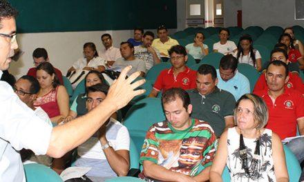 """Beberibe e Fortaleza: Mais Debates """"No Chão da Escola"""""""