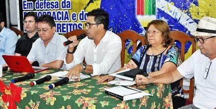 Direção Estadual do Sindicato APEOC avalia ações do ano e encaminha atividades para 2016