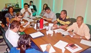 Direção Executiva do Sindicato APEOC se posiciona contra portaria de lotação