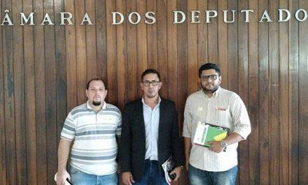 Sindicato APEOC e CUT mobilizam parlamentares no Congresso pela Defesa do Pré-Sal e PIBID