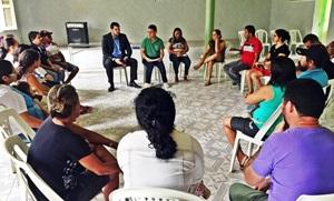 Professores de Palhano exigem respeito da Prefeitura Municipal
