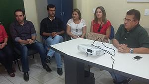 Sindicato APEOC negocia reivindicações de professores de Solonópole