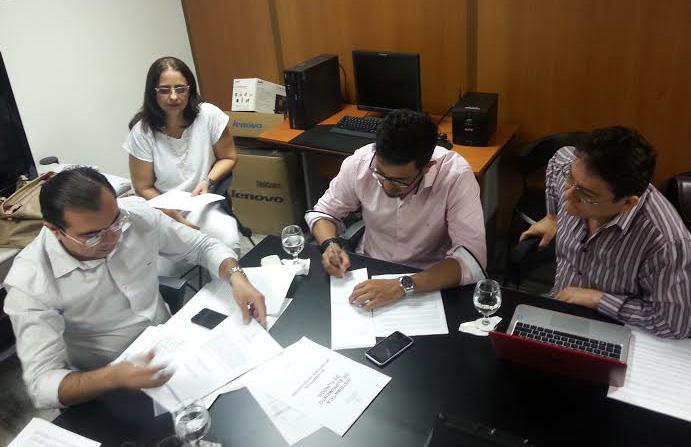 Comissão Ampliada entre professores, Sindicato APEOC e Governo tem nova rodada de negociação