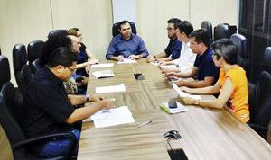 Negociação e luta garantem escolha entre PCA e PCE