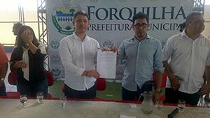Ação do Sindicato APEOC: Prefeitura de Forquilha promete 60% do Fundef aos professores