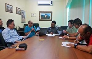 Direção Executiva do Sindicato APEOC recebe propostas de remuneração da categoria