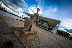 Sindicato APEOC avalia decisão do STF sobre lei de contratação temporária de professores do Ceará