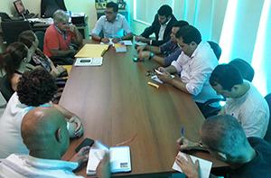 Grupo de professores apresenta proposta para reabrir negociações com Governo