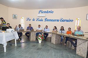 Sindicato APEOC realiza entrevista com candidato à Prefeitura de Chaval