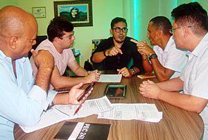Sindicato APEOC e Fernando Pangaré firmam parceria
