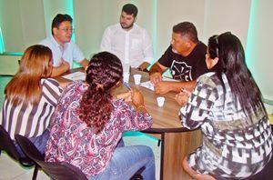 Sindicato APEOC recebe comissão municipal de Boa Viagem