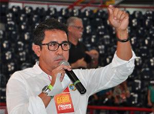Presidente do Sindicato APEOC alertava cenário de golpe contra Educação Pública há mais de um ano