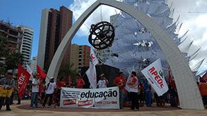 """Trabalhadores promovem novo Ato em Fortaleza e exigem """"Fora Temer"""""""