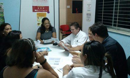 DEFE-APEOC discute reivindicações dos funcionários da Educação